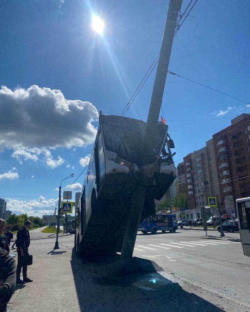 accident_autobuz1