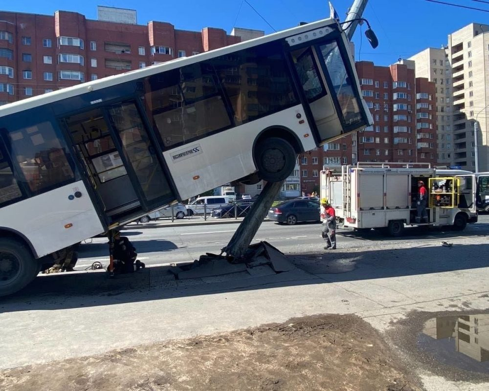 accident_autobuz_grav