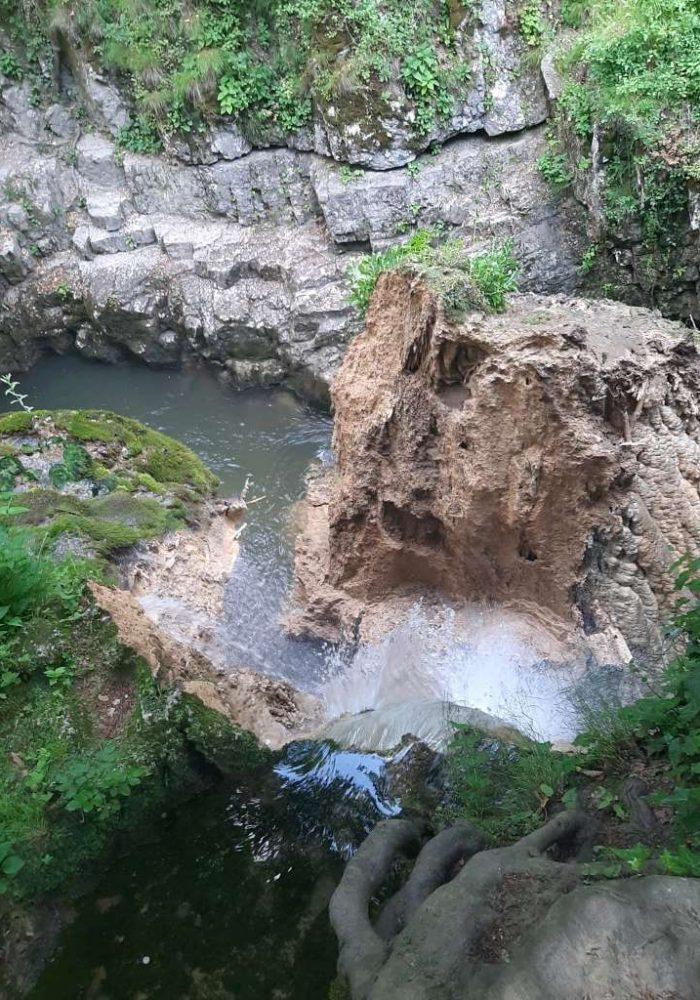 cascada1