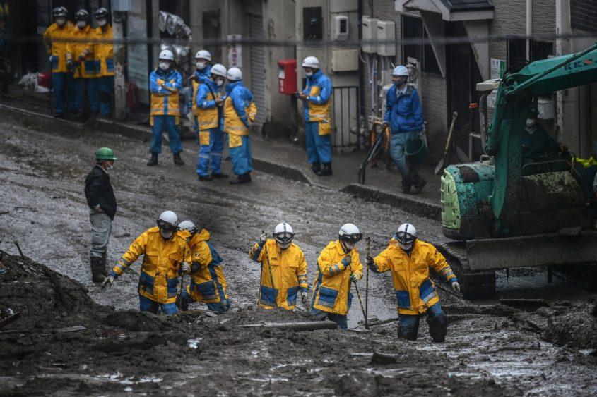 japonia-alunecari-teren